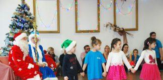 """Пярнуский танцевальный коллектив """"Пярлике"""" провел предновогодний утренник для детей"""