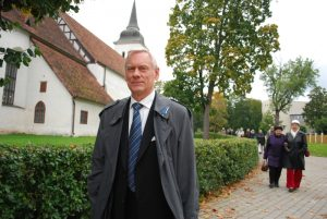 Бывший министр Тривими Веллисте покинул горсобрание Пярну