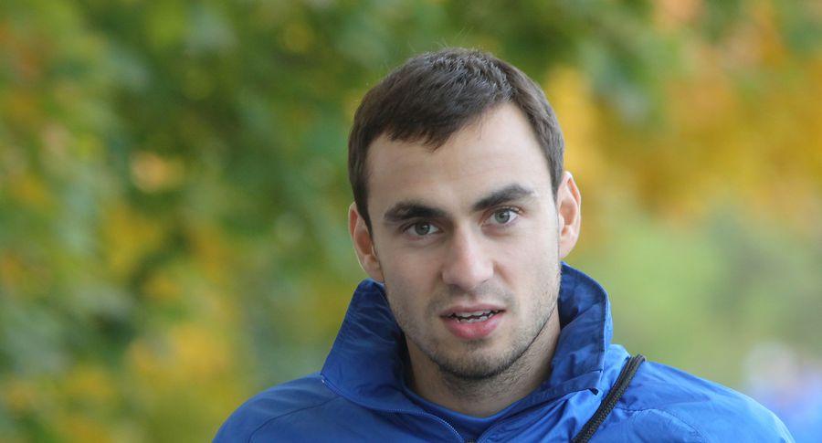 Воспитанник пярнуского футбольного клуба Сергей Зенев остался без клуба